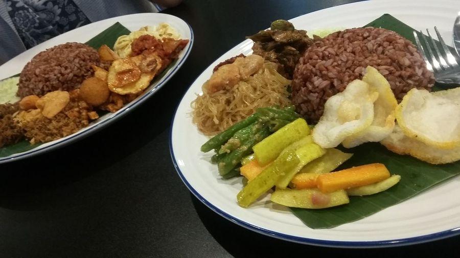 Indonesian Food Food Photography Lunch Time! Happy Day Red Rice Nasi Langi Jawa Tengah Jakarta Indonesia