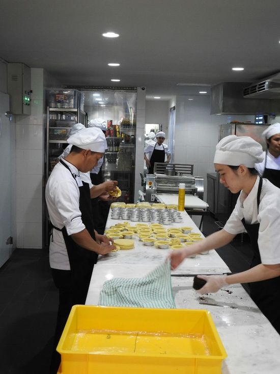 Gravy Baby The Kitchen Preperation Making Pie Restaurant Taman Desa Kuala Lumpur Malaysia Lunch Dinner Supper Clean Orderly Time To Dine Good Company Atmosphere Great Staff Restoran Go For Dinner Dining Out Hospitality Chefs In The Kitchen White Chefs Hat
