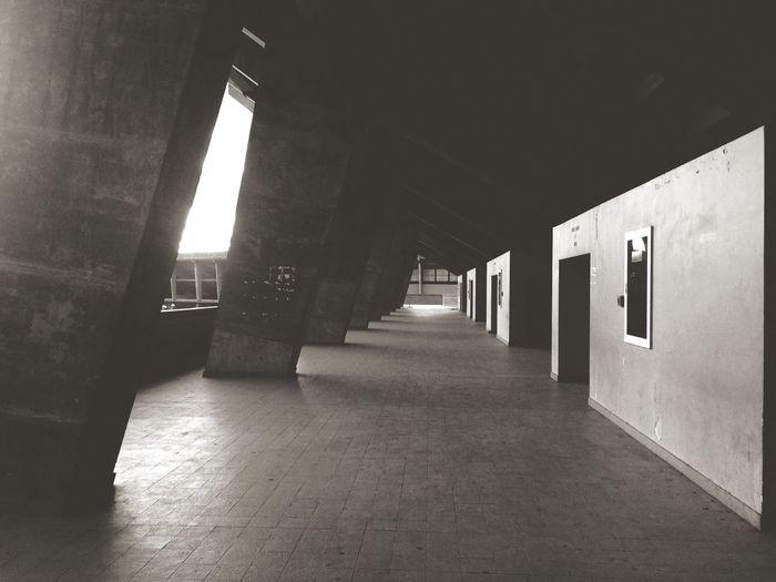 Black & White Symétrie
