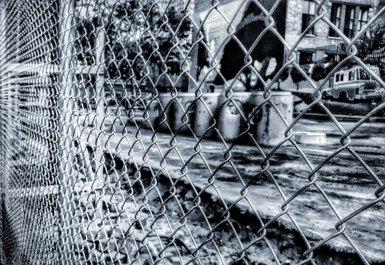 chainlink fence, metal, safety, day, protection, backgrounds, outdoors, full frame, no people, close-up