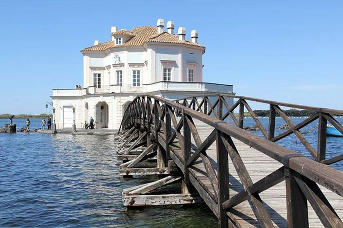 Casiná Vanvitelliana Lagofusaro Sun Bridge