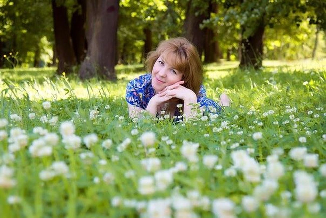 лето 2016 зелень  парк клевер девушка синий First Eyeem Photo трава деревья