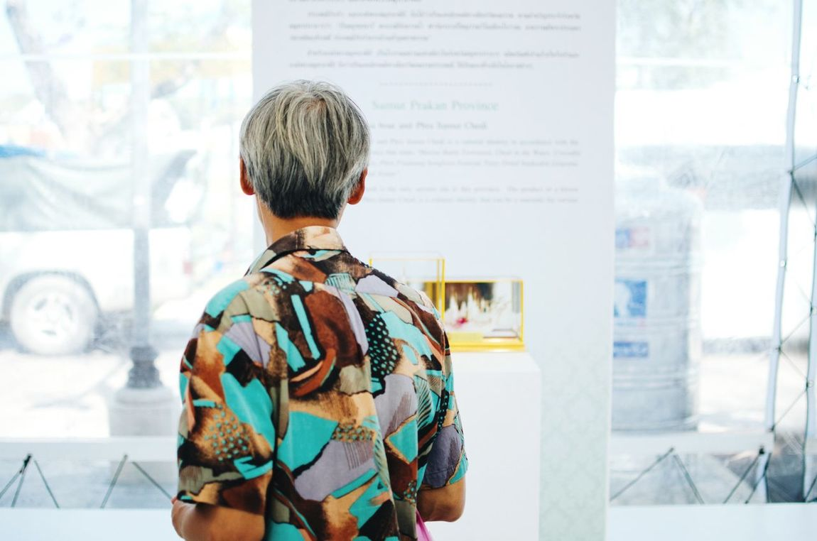 Exhibition Open Edit Getting Inspired Discovering Great Works 35mm The Traveler - 2015 EyeEm Awards The Moment - 2015 EyeEm Awards The Portraitist - 2015 EyeEm Awards The Photojournalist - 2015 EyeEm Awards The Street Photographer - 2015 EyeEm Awards Bangkok Streets By ArtCam Well Turned Out Old But Awesome