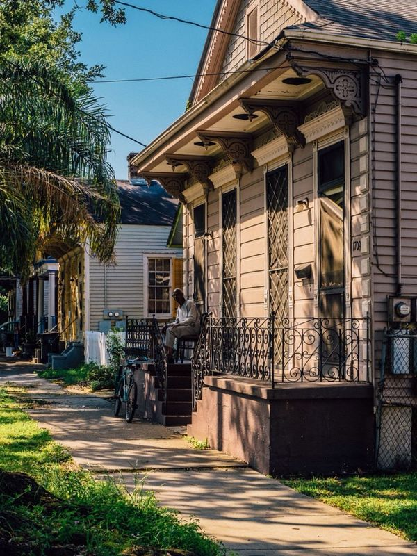 Porch chilling on a Saturday afternoon! Cityscapes City Life City Street Streetphotography Street Photography Enjoying Life Home Sweet Home New Orleans Eye4photography  EyeEm Gallery Light And Shadow Summer Summertime