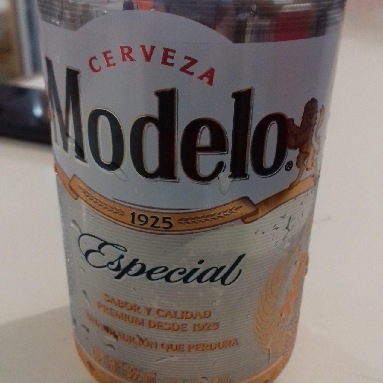 ModeloEspecial Beer