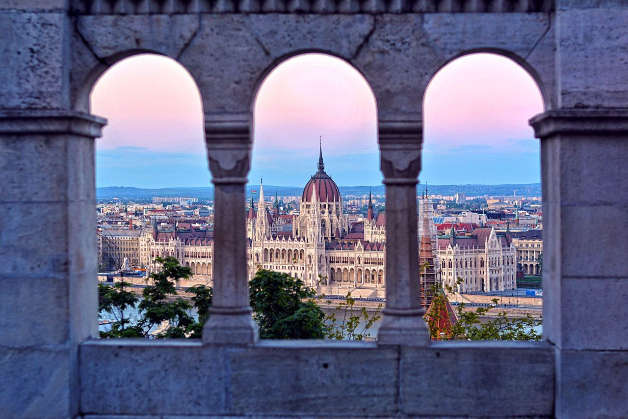 Budapest!🙌🏼 Budapest Budapest, Hungary Hungary Parliament Danube Danube River City Travel Traveling Nikon Nikonphotography Sunset Colorful Market Reviewers' Top Picks Fresh On Market May 2016 Fresh On Market 2016