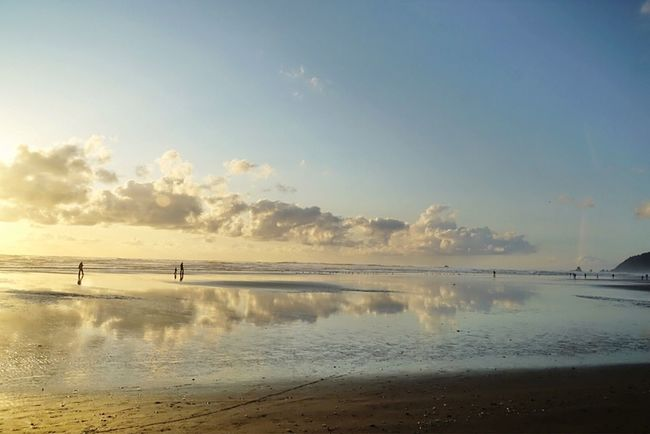 Walking On The Clouds OtherMindMedia Enjoying Life Taking Photos Cannon Beach Eclipse Urban Escape Sunset #sun Clouds Skylovers Sky Nature Beautifulinnature Naturalbeauty Photography Landscape [a: [ [ Waterfront Our Best Pics