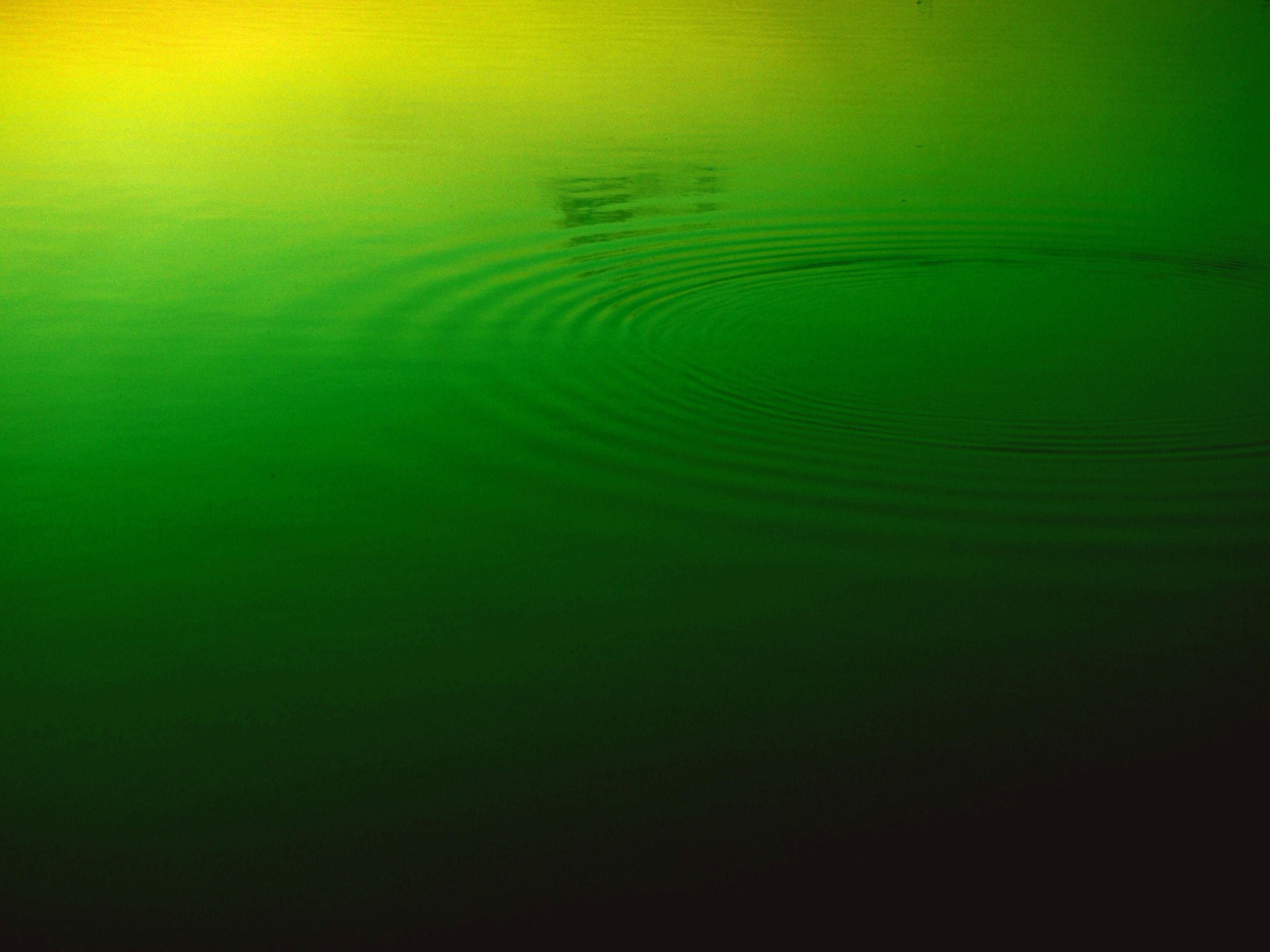 water, waterfront, beauty in nature, rippled, full frame, tranquility, backgrounds, nature, reflection, scenics, tranquil scene, no people, water surface, high angle view, lake, idyllic, outdoors, green color, blue, day