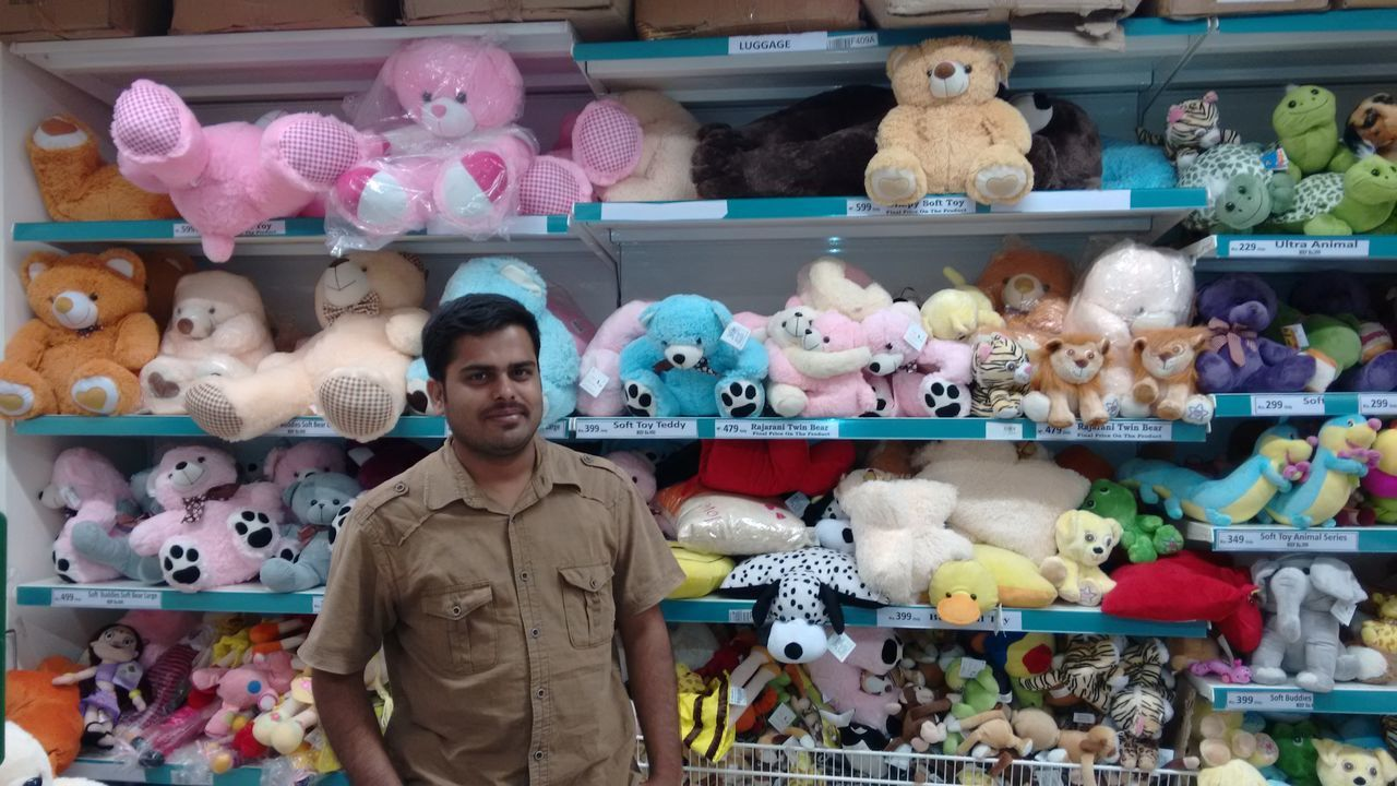 Myself in a Mall Shopping Enjoying Life Happy People