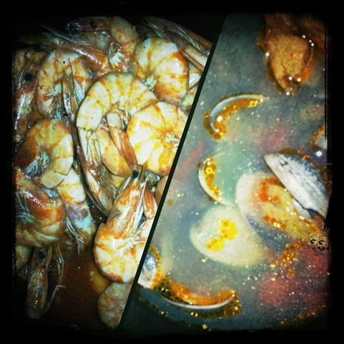 First dinner of 2013.. Shrimp & Clams.. Yummy :)