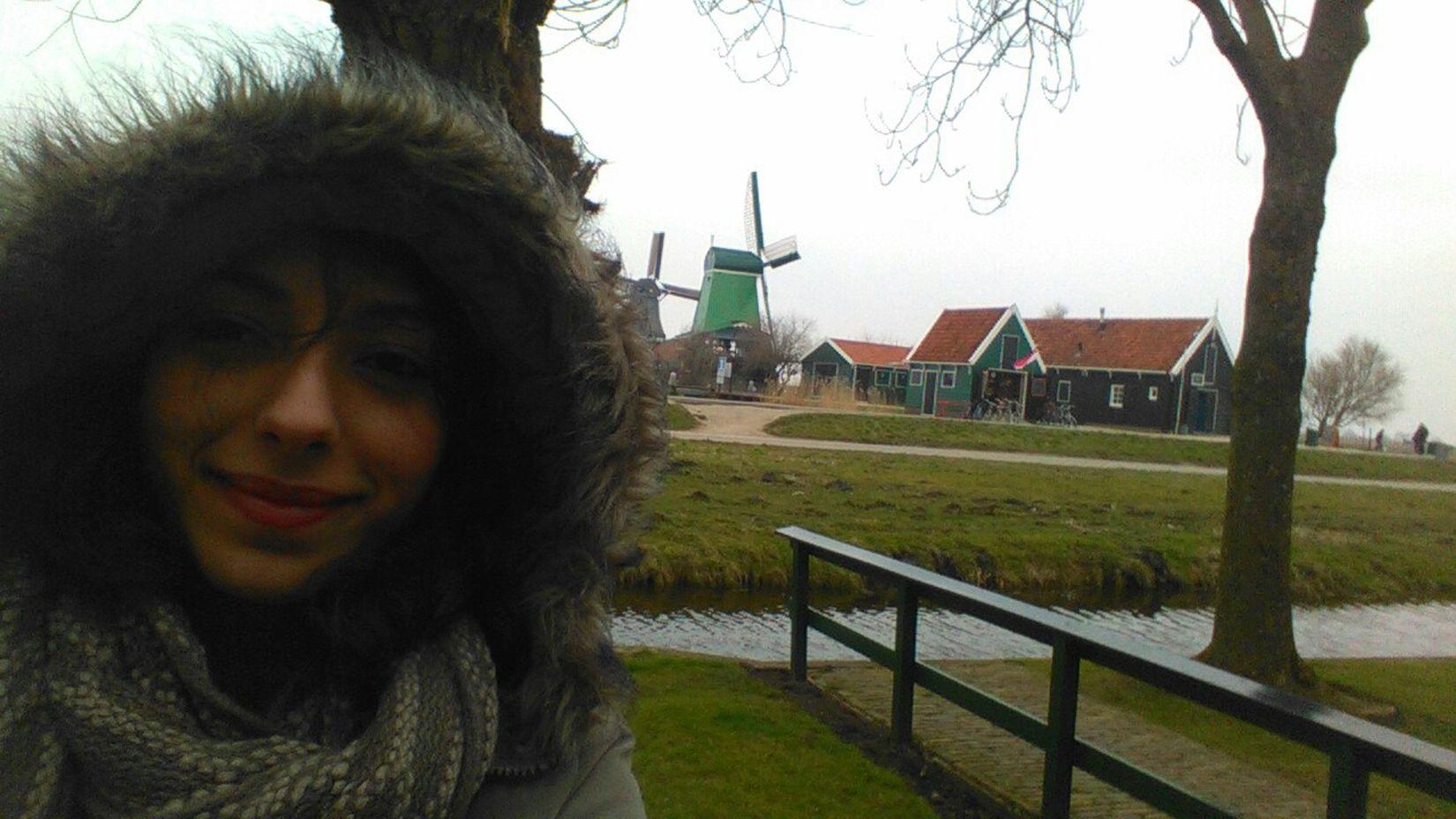 Hi! Socoldbuthappy Travel Photography Dutch Landscape MyEuroTrip Holland❤ Old Windmill Walking Around Zaanse Schans Beautiful Nature