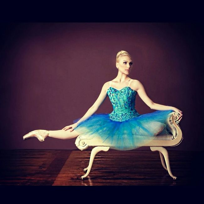That's Me PointeShoes  Ballet Dancer Actress Model Legs Worldwideballet Tutu Art