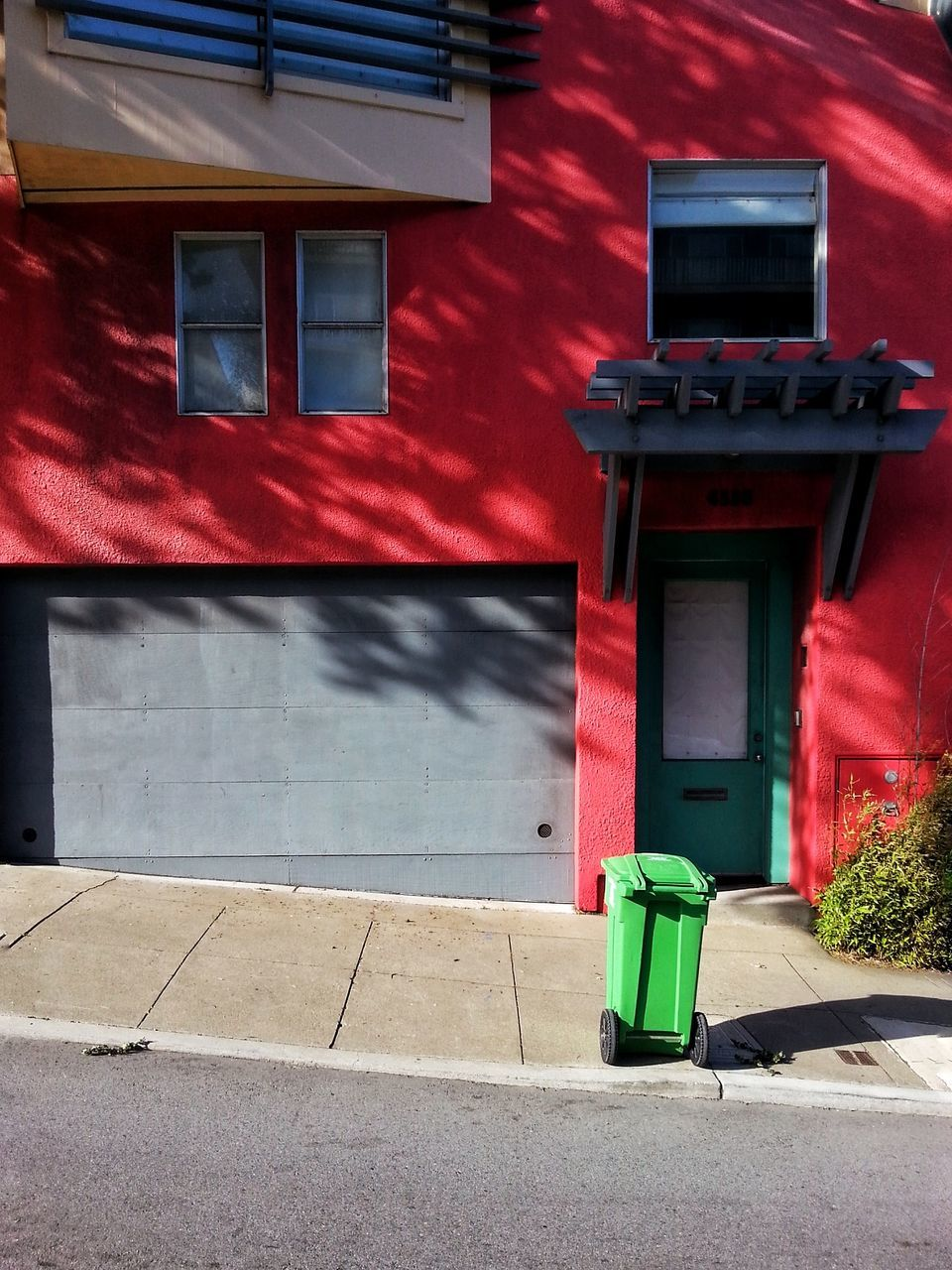 red, building exterior, built structure, architecture, day, outdoors, no people, pay phone, city