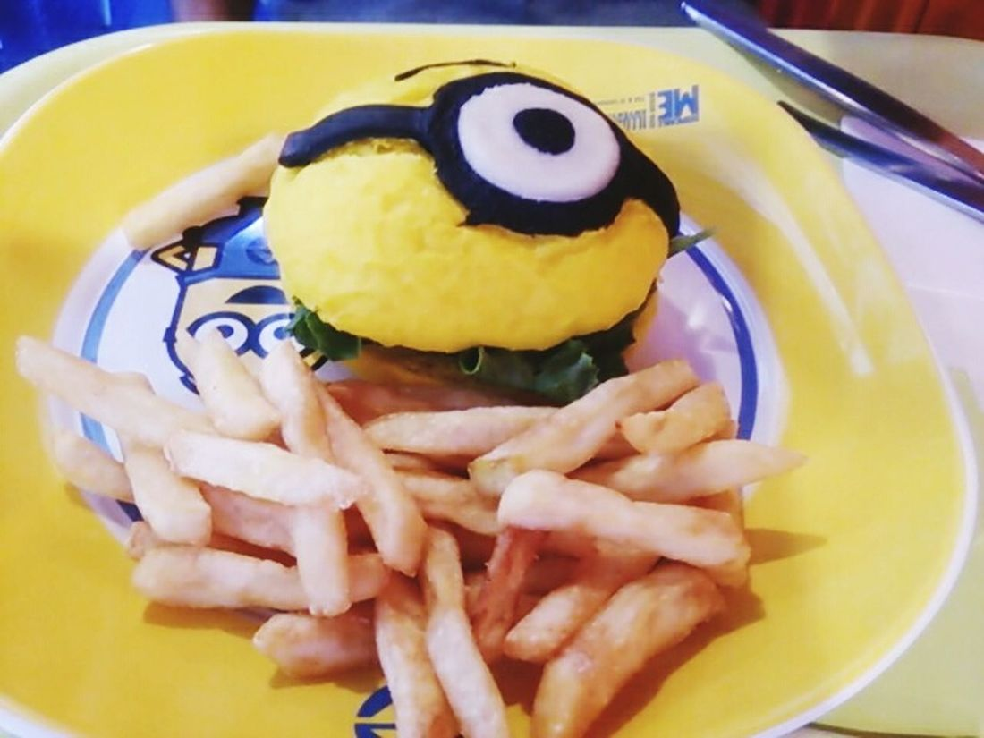 Food And Drink Indoors  Close-up Ready-to-eat Minions🎂🎁🎉😊☺