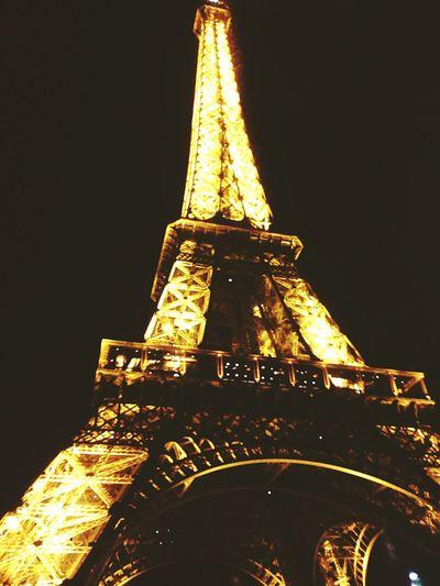 Парижь