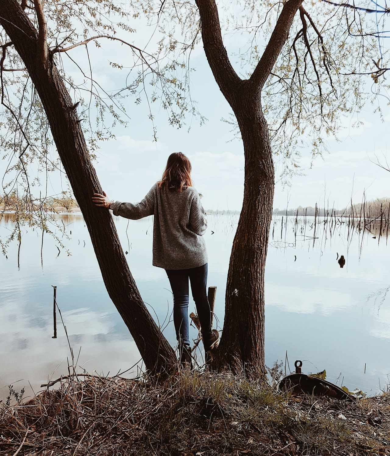 Long Goodbye Tree Full Length Only Women Sky People Leisure Activity Adults Only Outdoors Adult Togetherness Day Nature EyeEm Best Shots Eye4photography  One Person The Secret Spaces Nature Lake Clear Sky
