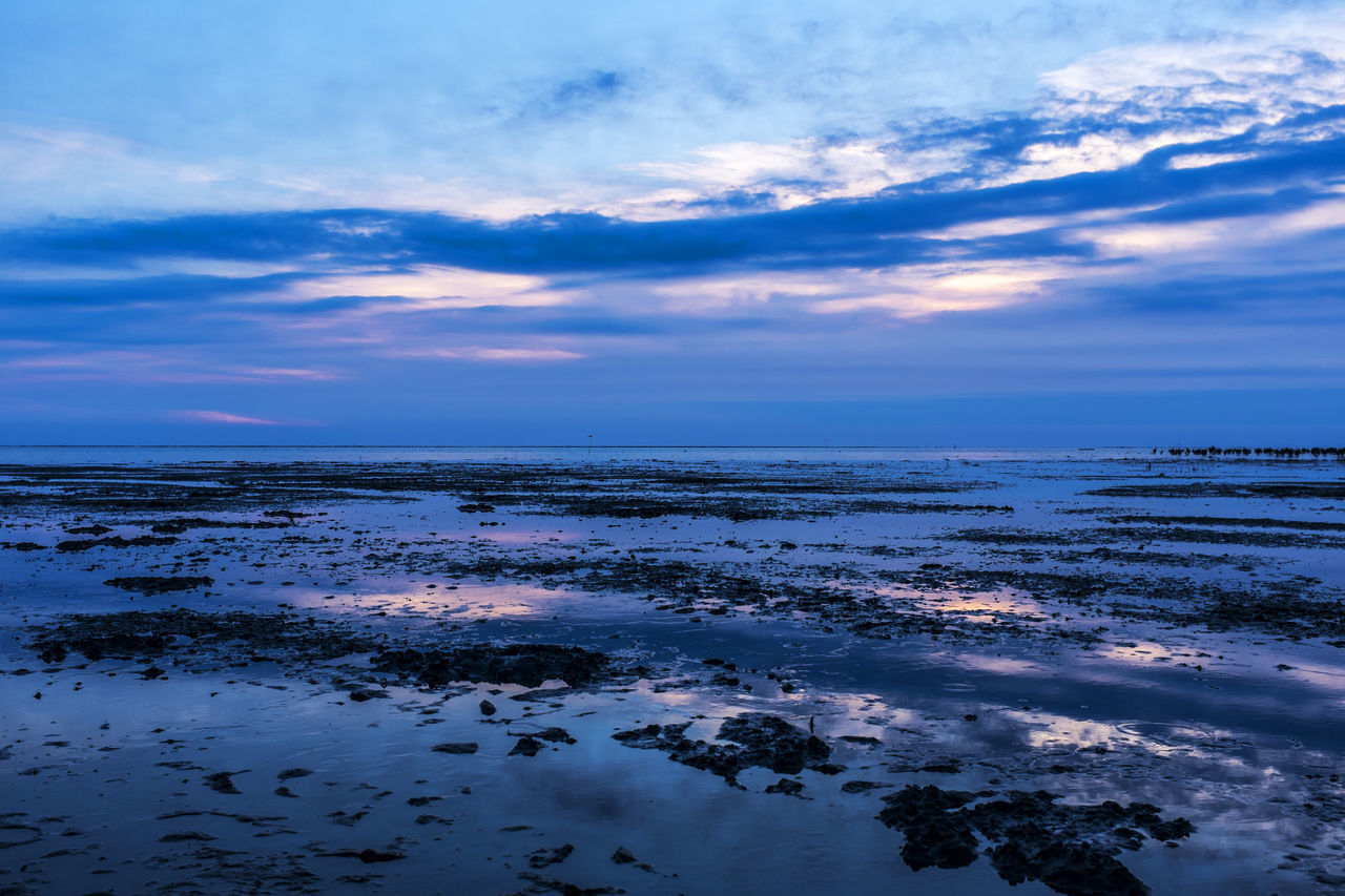 Beautiful stock photos of twilight, Beach, Cloud, Horizon Over Water, Low Tide