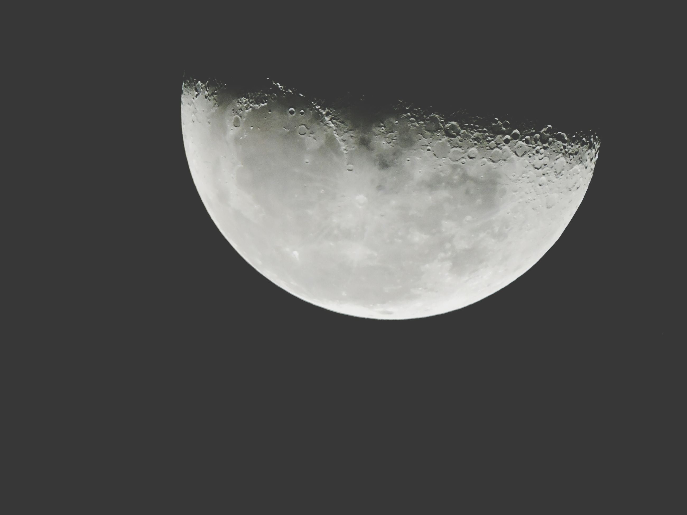 moon, astronomy, night, planetary moon, full moon, low angle view, space exploration, moon surface, beauty in nature, sky, scenics, dark, tranquil scene, space, tranquility, nature, circle, majestic, discovery, moonlight