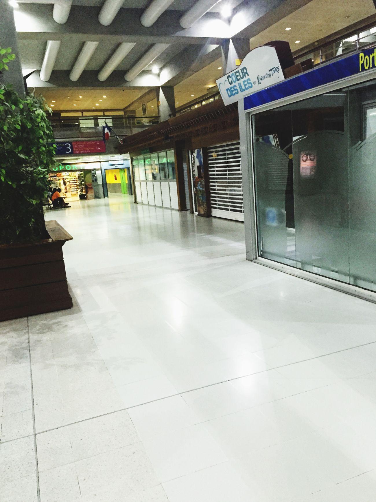 Aéroport Pôle carïbes de la guadeloupe Airport Gwada
