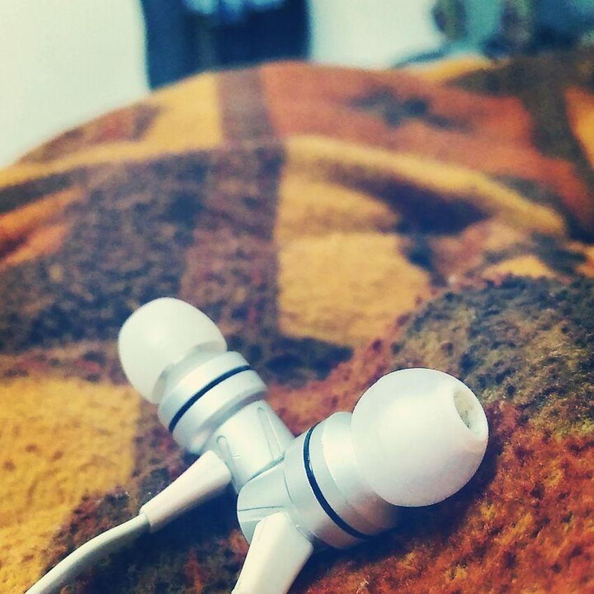 Earbuds.. Musicismydrug