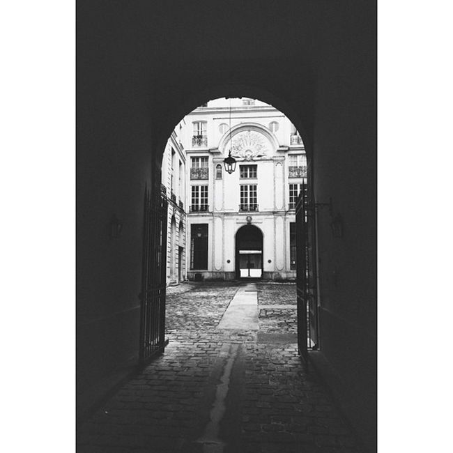 Portes Alcoves Blackandwhite Street streetphotography paris iv