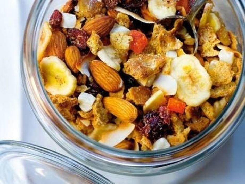 Supergod müsli, receptet taget från Matrevolution på Facebook. In och följ! Finns även på instagram som matrevolutionpunktse :) www.matrevolution.se Matrevolution