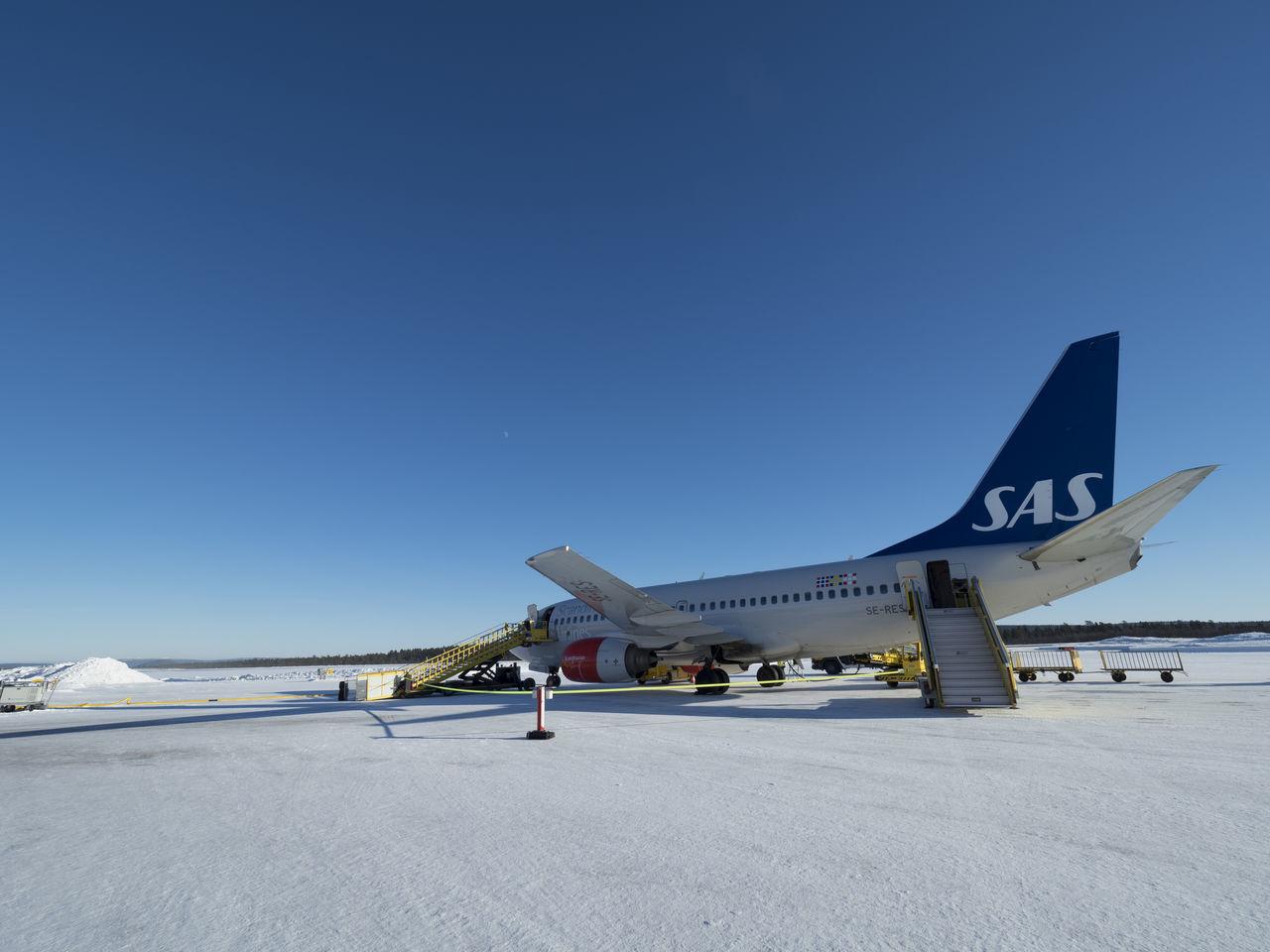 Aerospace Industry Air Vehicle Airplane Airport Airport Runway Kiruna No People Outdoors Passenger Boarding Bridge Sas Scandinavian Scandinavian Airlines Snow Winter