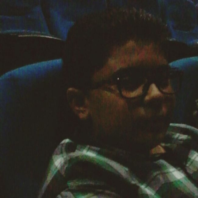 awel 5erouga 3edla teb2a cinema