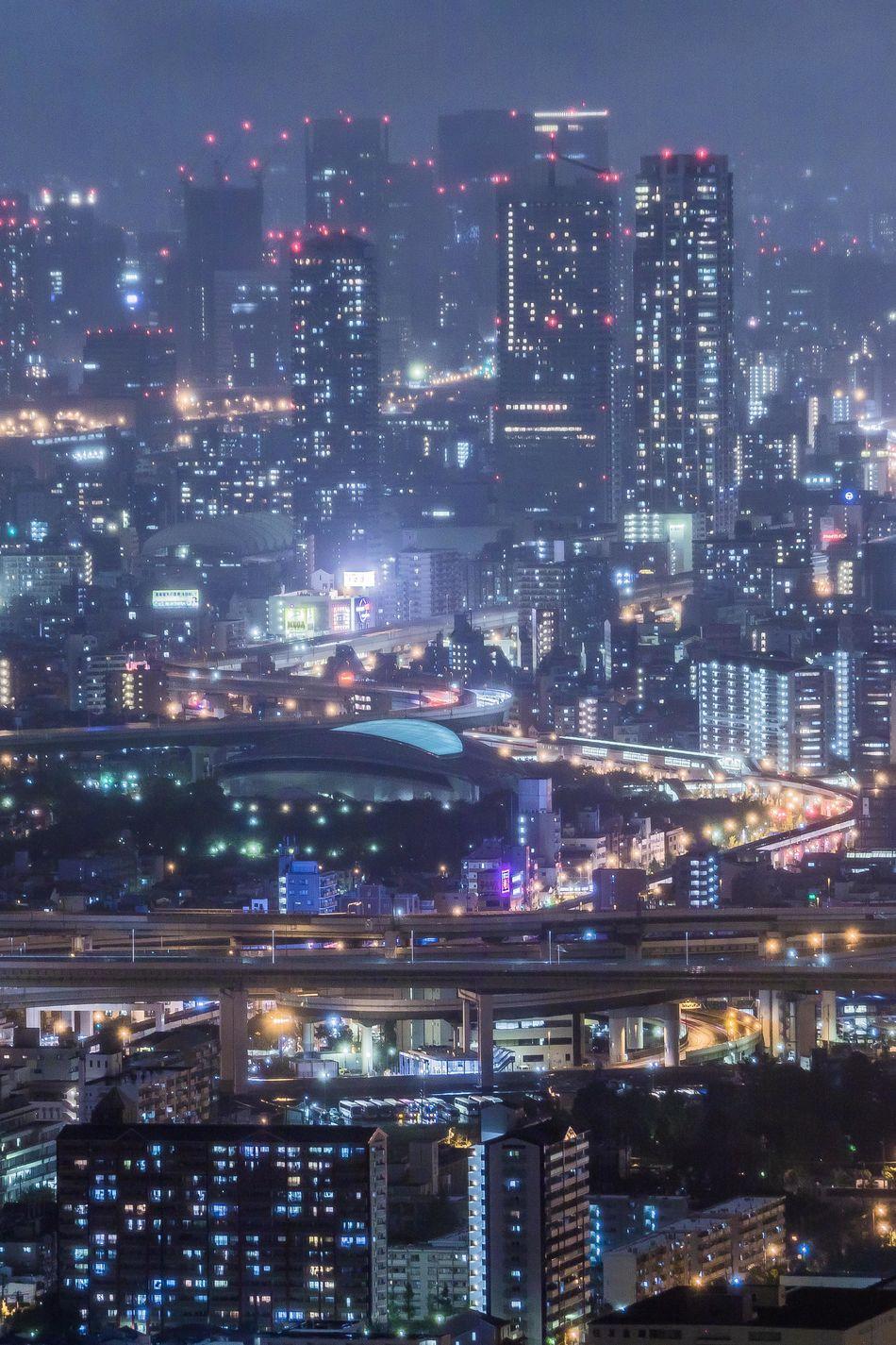 大阪弁天町インターチェンジ付近 Osaka Night View OSAKA From My Point Of View My Favourite Place Nightphotography Night Photography My Fevorite Place City Life Light Tail Light And Shadow The City Light Welcome To Black