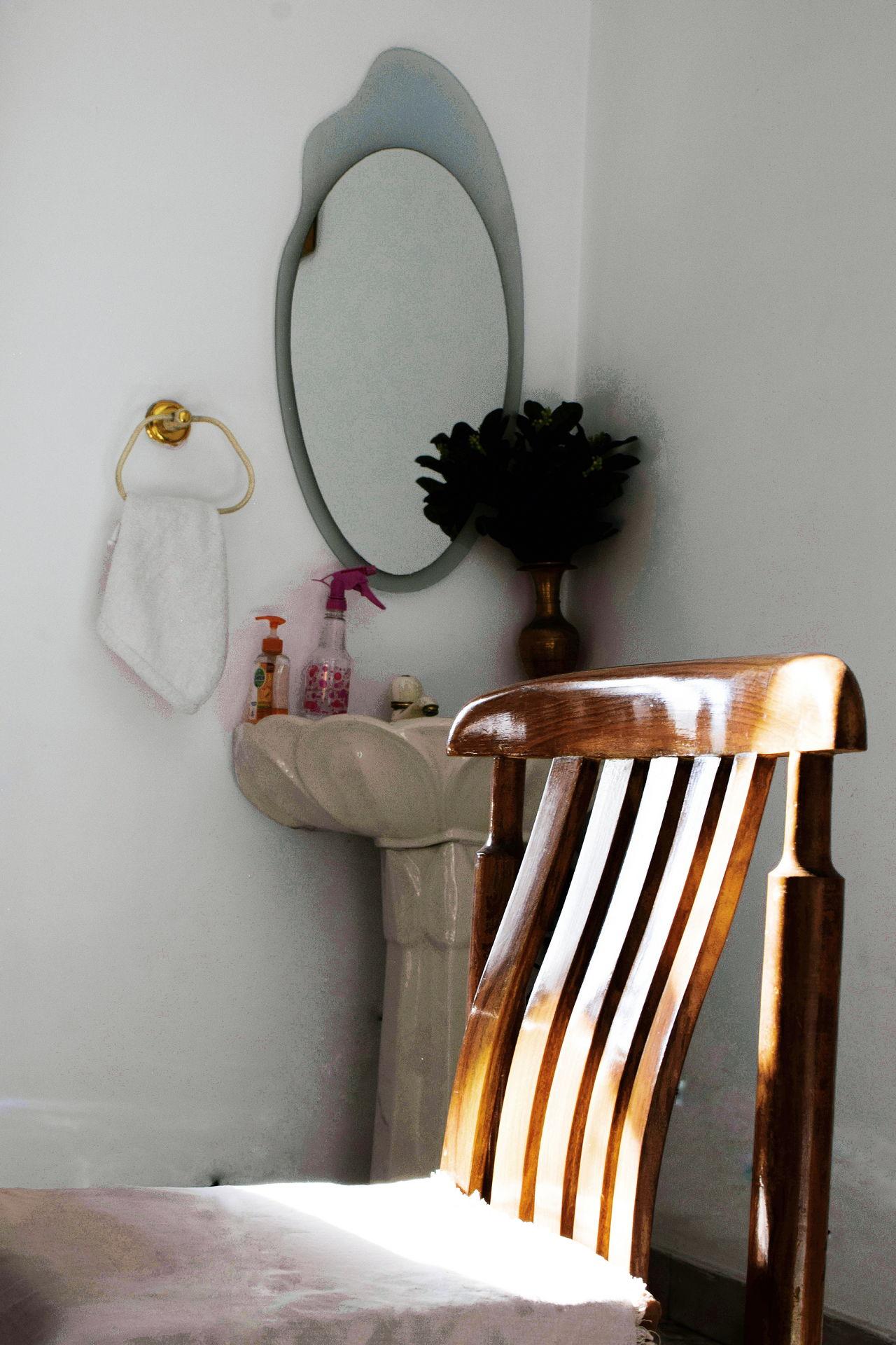 The morning light InMakin! Chair Interior Views Mirror Sunlight Rays Of Light Rays Of Sunlight Rays Of Sunshine Randomness EyeEm Selects