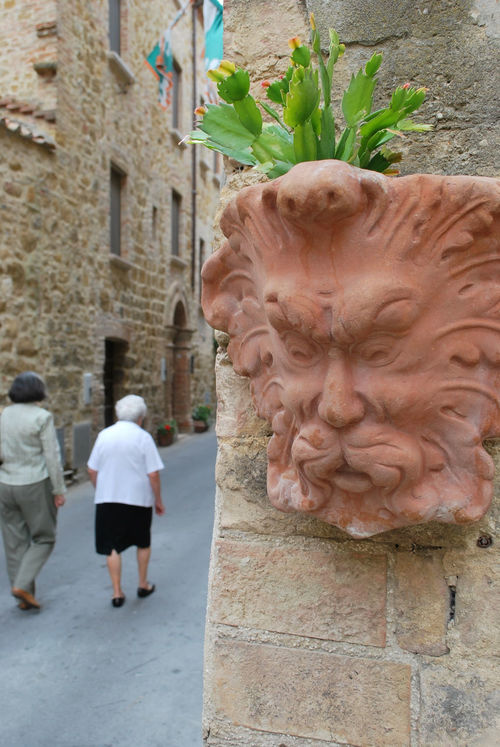 A monster face (in fact a vase) on a street in Montisi, San Giovanni d'Asso. We are in middle of Crete Senesi area, south of Siena, Tuscany, Italy. Borgo Borgo Antico Face Italia Italy Medieval Monster Montisi Italy San Giovanni D'asso Siena Street Toscana Town Tuscany Urban Vase Feel The Journey