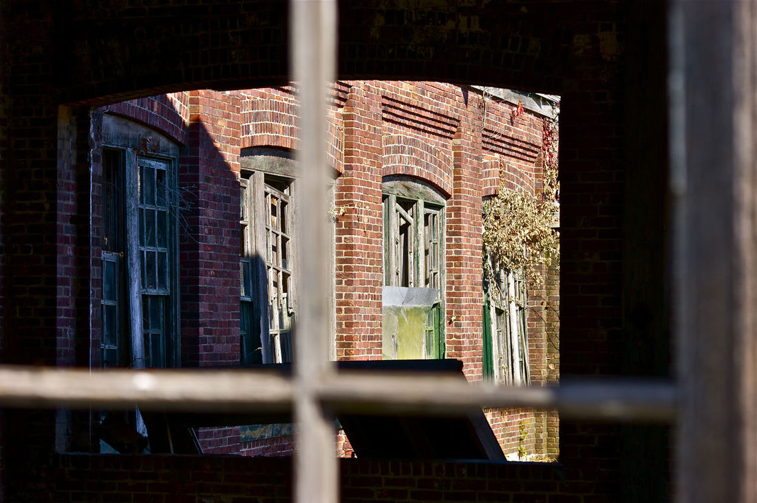 Architecture History No People Indoors  Built Structure Day New Jersey Isn't Boring EyeEm Gallery New Jersey Followme Follow Window Old Buildings Delapidated Structure Sandy Hook NJ Fort Hancock Military History Historical Building Historic Full Frame Outdoors Close-up Nj Like Njshooterz