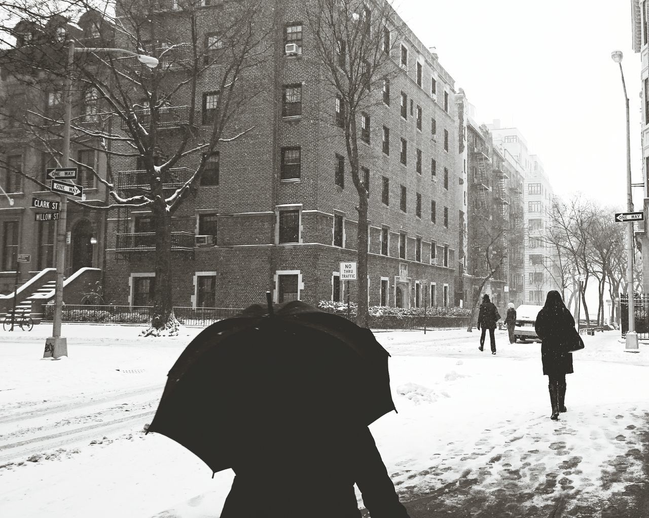 Blizzard In NYC How's The Weather Today? Check This Out Blizzard Juno Winter Blackandwhite Bwphotography Monochrome Snow NYC Photography