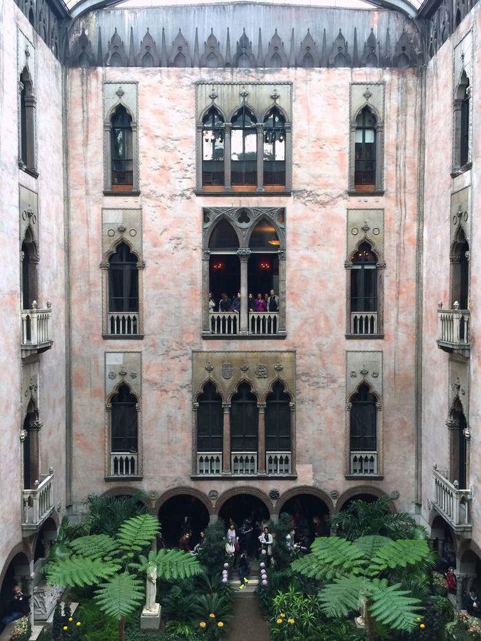 Isabella Stuart Gardner Museum Architecture Built Structure Travel Destinations Boston Courtyard  Windows