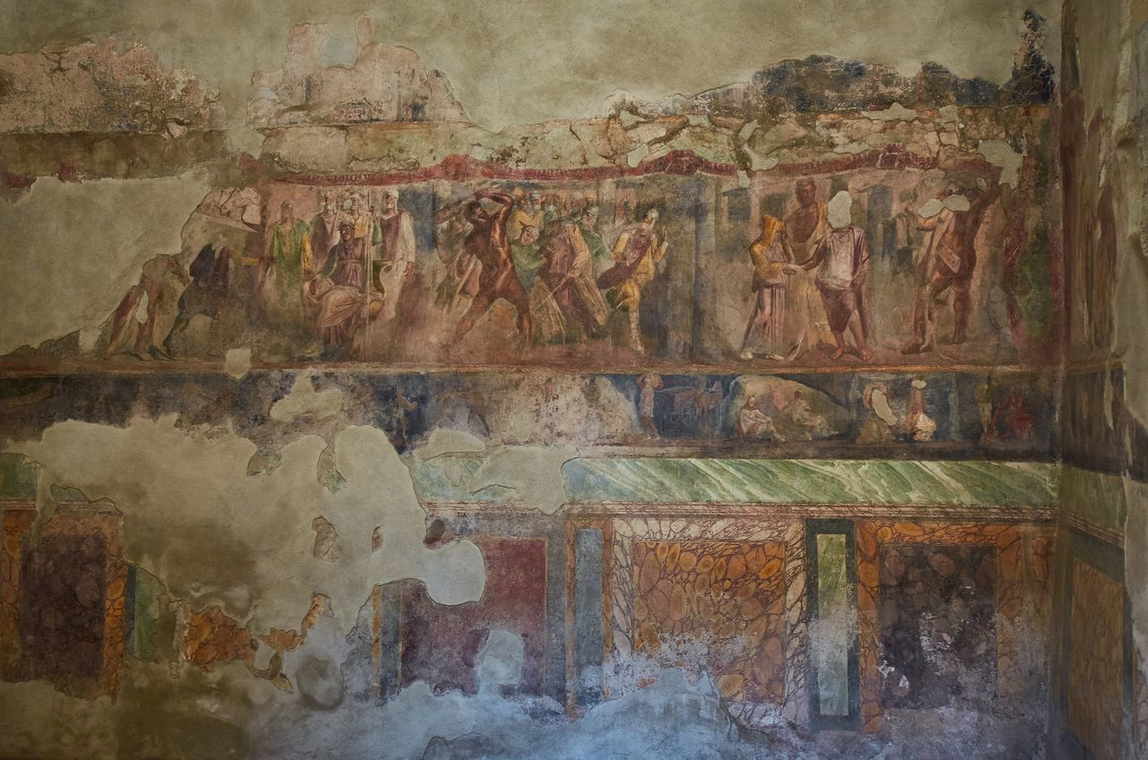 Ancient frescos, Pompeii Pompeii  Italy Roman Historical Building Historic No People Indoors  History Art Painting Wall Ancient Civilization Ancient Decoration Fresco Decor Room Interior Decay Weathered Ruin Painted Image Ancient Art Human Representation