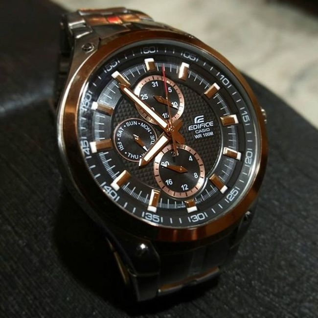 That joy of gifting your Father his favorite watch on a perfect occasion of Diwali! 🎆🎇 Casio Casioedifice Casionwatches Trustedbrand Timepiece FeelingProud Diwali2015
