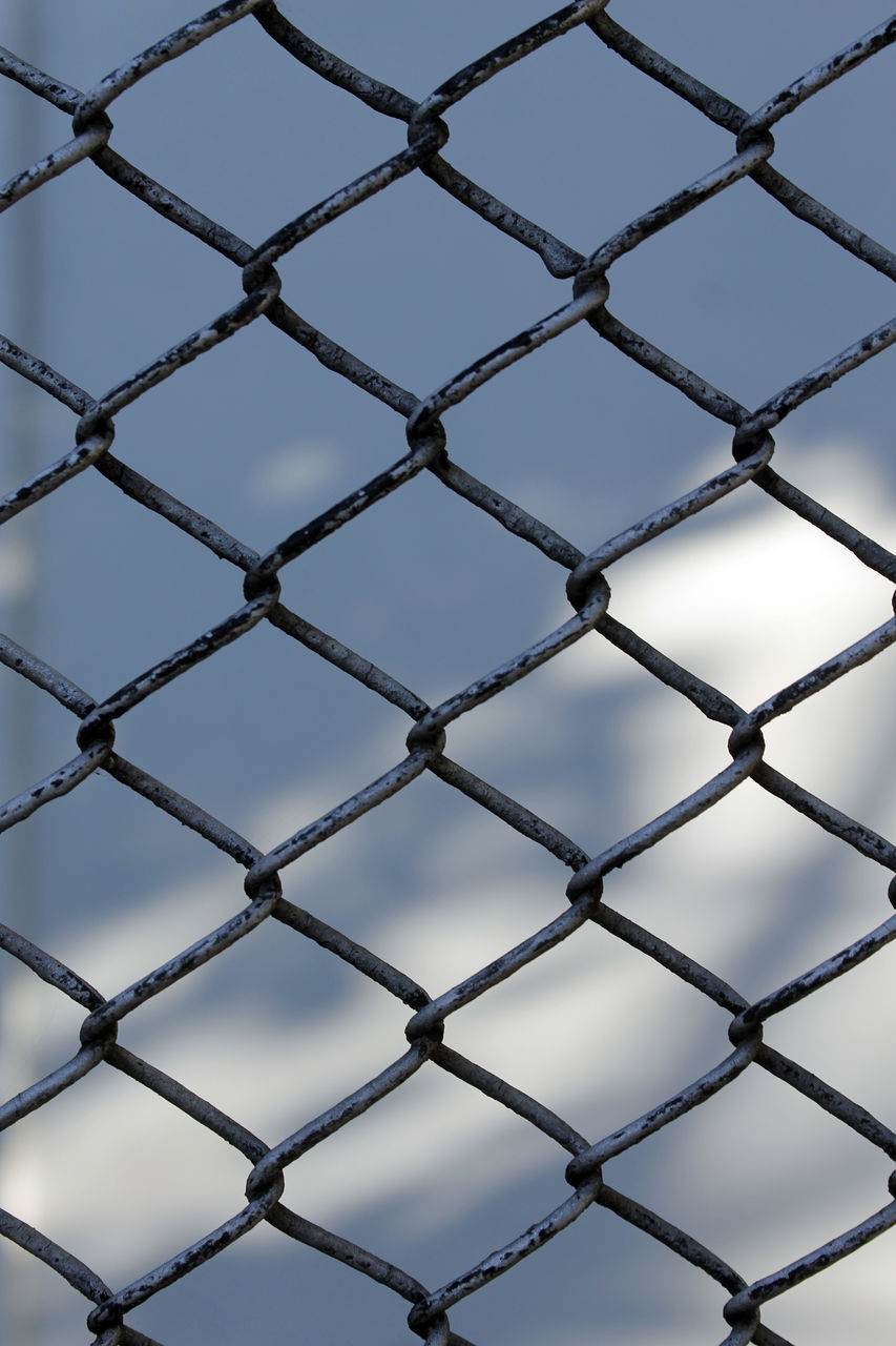 metal, chainlink fence, full frame, pattern, backgrounds, security, repetition, safety, close-up, protection, crisscross, no people, seamless pattern, day, outdoors, sky