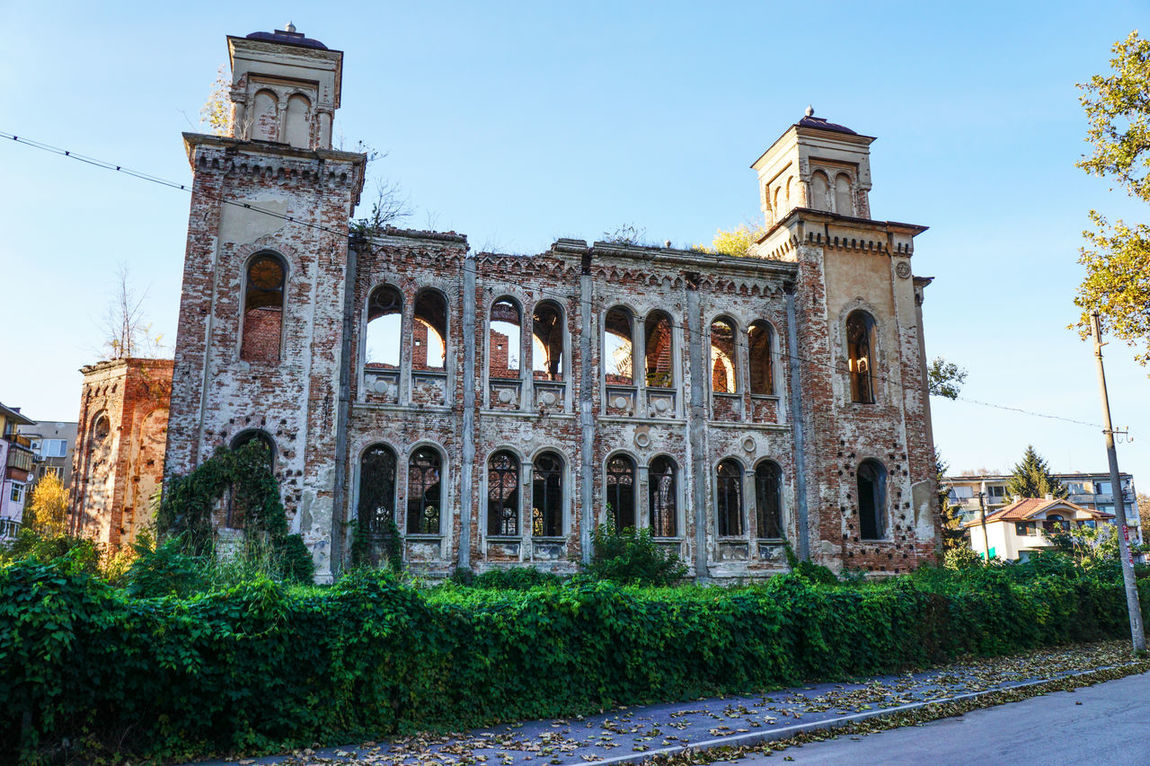 Synagogue in Vidin, Bulgaria built in the late 1800s Ancient Ancient Civilization Architecture Building Exterior Built Structure Day History No People Old Ruin Outdoors Sky Synagogue In The Former Jewish Quarter Synagogue Synagogue, Vidin, Bulgaria The Past Travel Destinations War