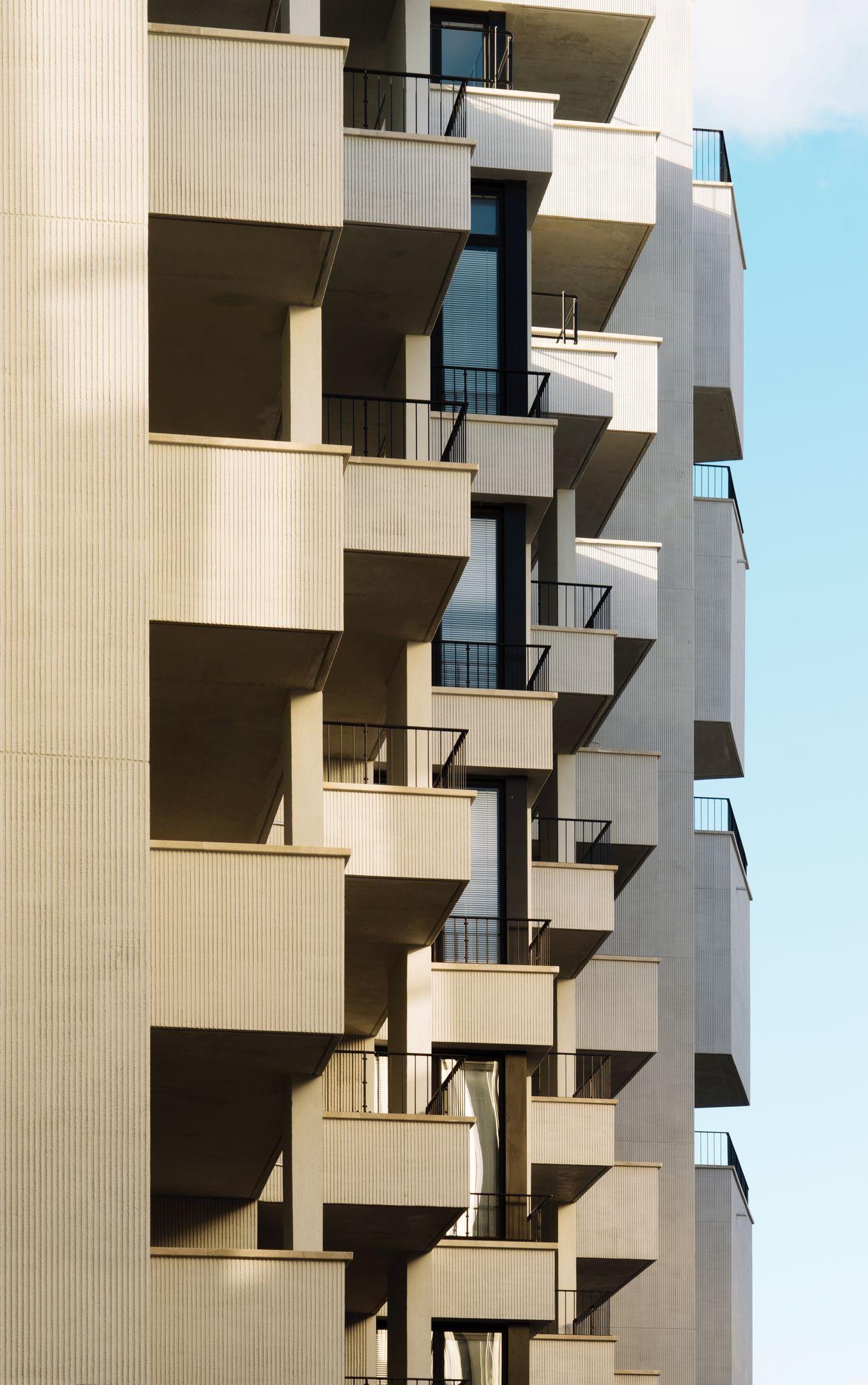 Façade Facades Detail Balcony Architecture Architecture_collection Profile View Apartment EyeEm Best Edits TheWeekOnEyeEM EyeEmBestPics EyeEm Best Shots The Architect - 2017 EyeEm Awards Architectural Detail Building