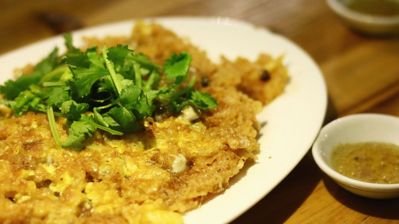 ChinaFood Chaozhou Food Pan-fried Oyster Omelette Food China Day