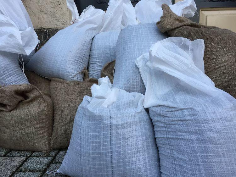 Sandsäcke gegen Hochwasser,Germany Sandsäcke Wetter Close-up Day Klima Klimawandel No People Sandsack