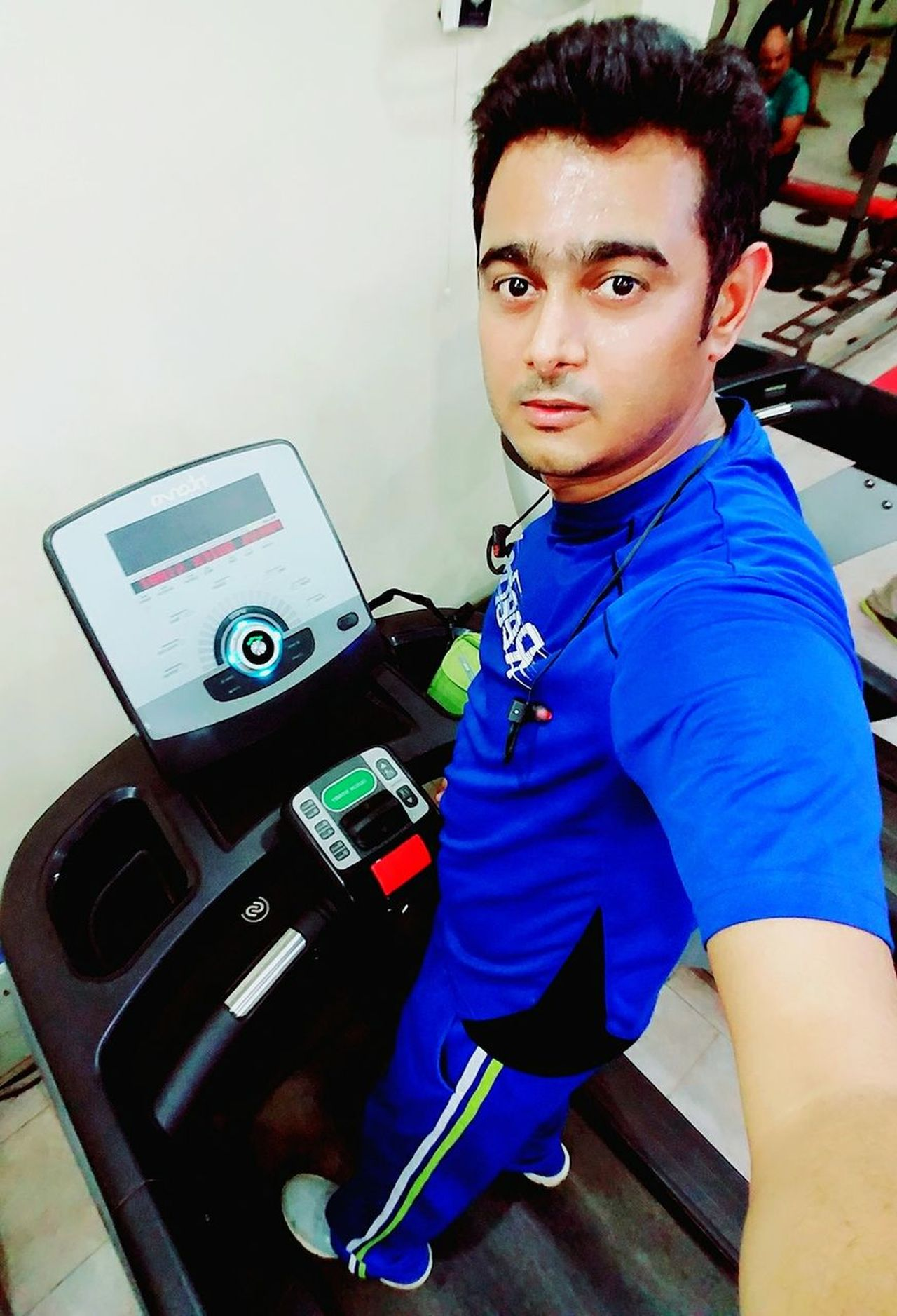 Confidence  Sport Hi! Man Karachi Check This Out Rathod Actor Pakistan Glamour Hello World That's Me Today's Hot Look HERO Burning Calories Fitnesslifestyle  Lifestyles Excercise Treadmill Fitnesslifestyle  Happiness Only Men Outdoors Fitnesslifestyle  One Person
