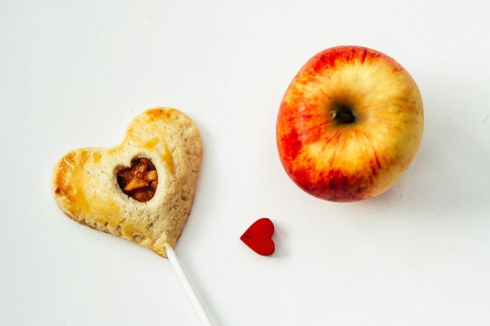 Love Is In The Air Valentine's Day  Make It Yourself Foodblogger Foodphotography EyeEm Best Shots Minimalism Minimalobsession Food The Foodie - 2015 EyeEm Awards