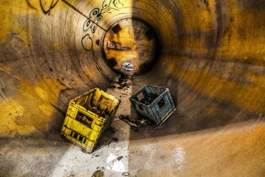 Urbex! Trapped Urbex Urbexphotography Urbexexplorer Abandoned Abandoned Places Urbexjunkies Alcohol Pipe Yellow Photography Photographer DSLR Dslrphotography Wide Angle Wide Wideangle Wideangle Lens Nikon Sigma Nikonfr Nikonfrance NikonD7100 D7100