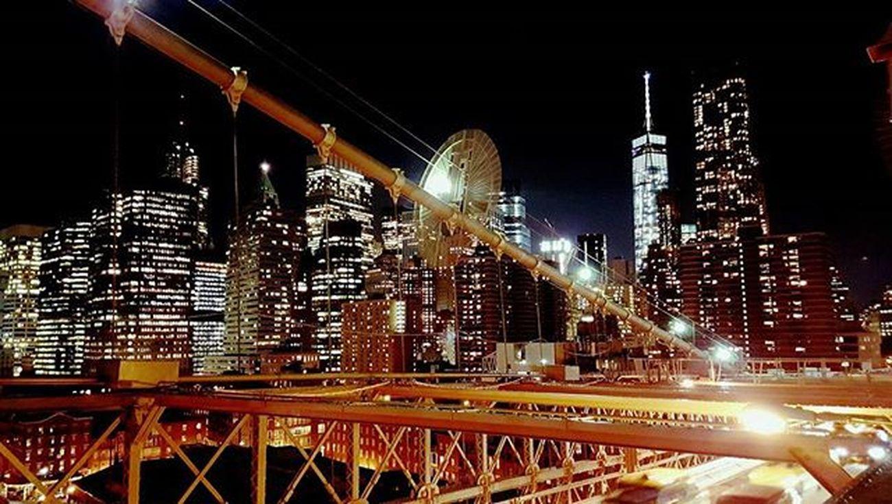 Hello, New York. Igny Ignyc Newyorkcity NYC Newyork Brooklyn Brooklynbridge Vscocam Vscogram Gameoftones Illgrammers Shoot2kill Justgoshoot Instagood Peoplescreative Cityliving Streetphotography