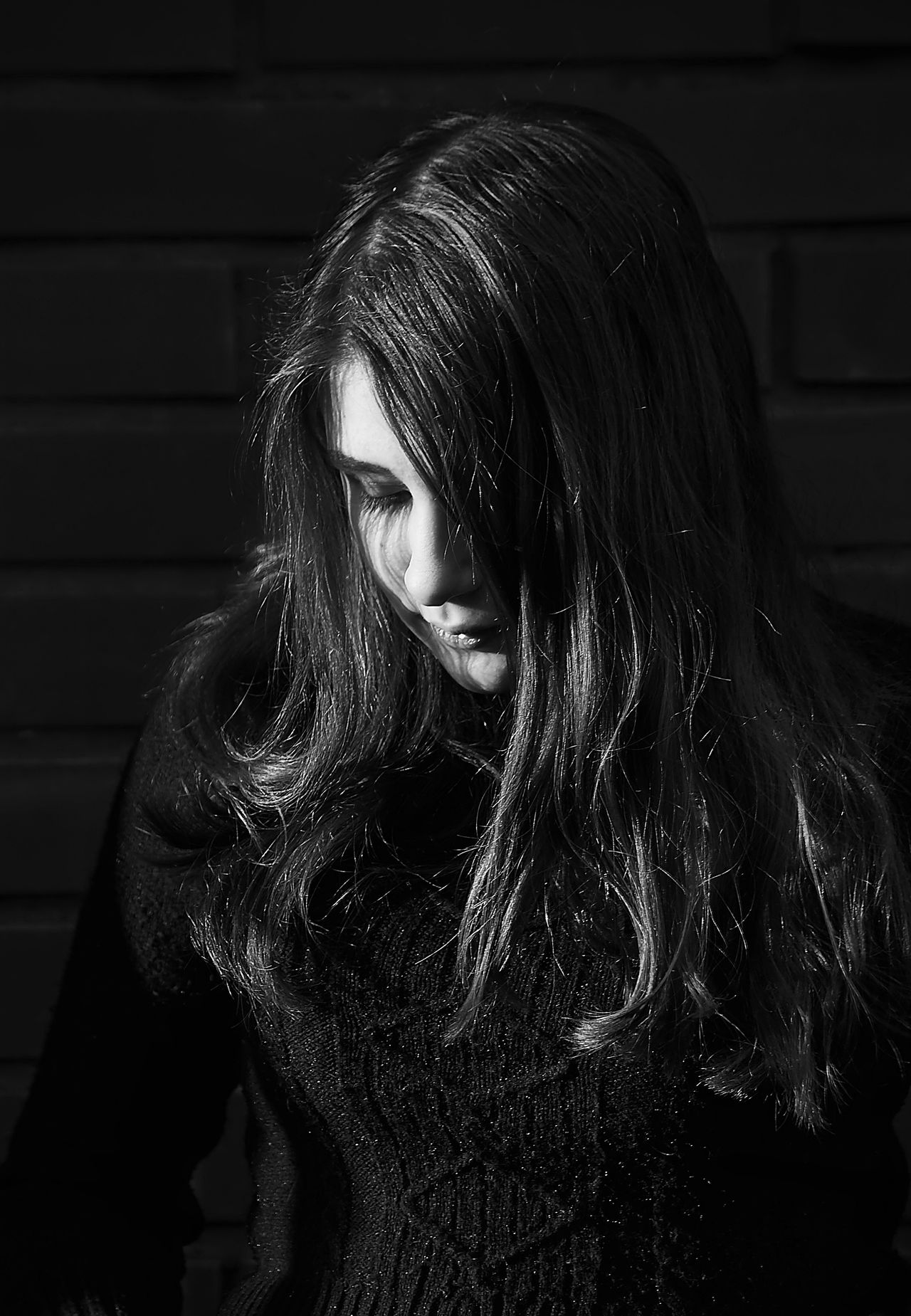 Russia Portrait Real People One Person Long Hair Young Women Young Adult Leisure Activity Lifestyles Indoors  Beautiful Woman Day Close-up Portraits Black And White Black & White Blackandwhite Blackandwhite Photography Black And White Photography Black&white Daughter