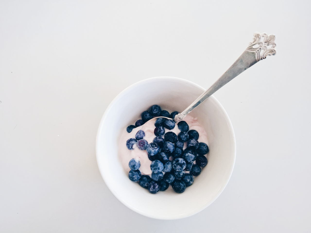 Beautiful stock photos of healthy eating, Blueberry, Bowl, Breakfast, Copy Space