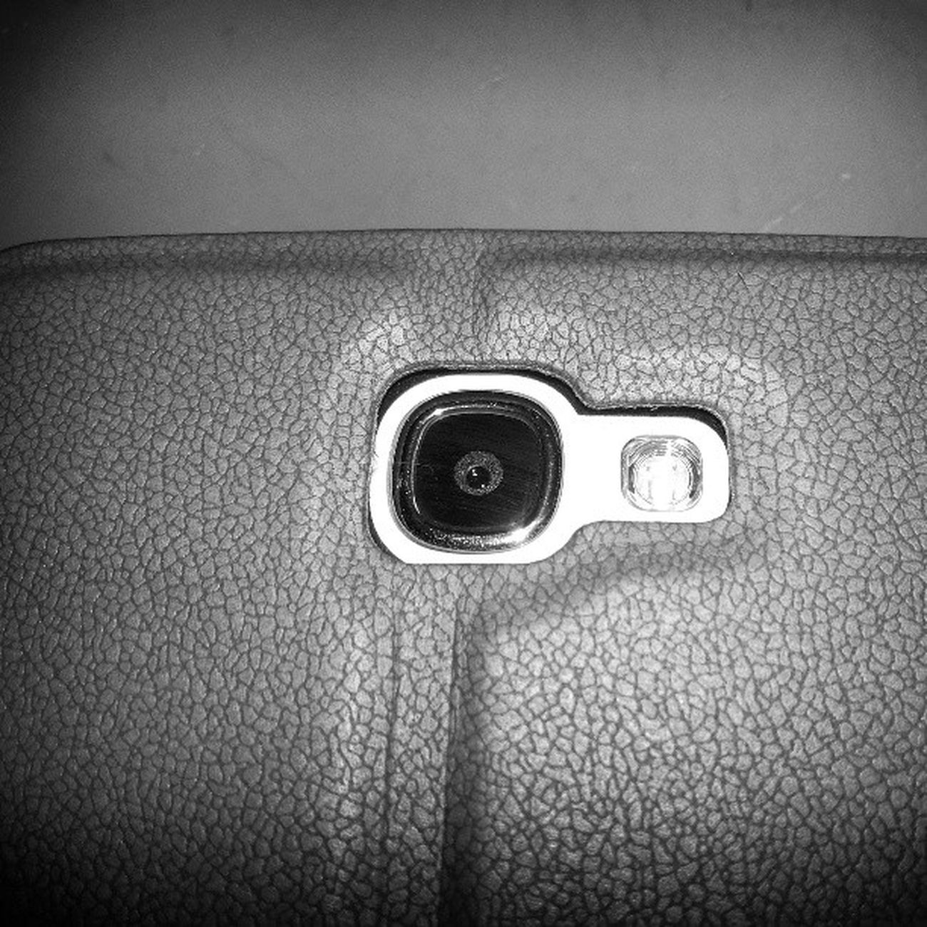 Always this Galaxy NOTE 2 shoots somthing..., But 2dae I shooted it...!!! Hahaha *evil laugh* lol SAMAUNG Galaxy Note 2 Shooted By  Grand Duos Hahah