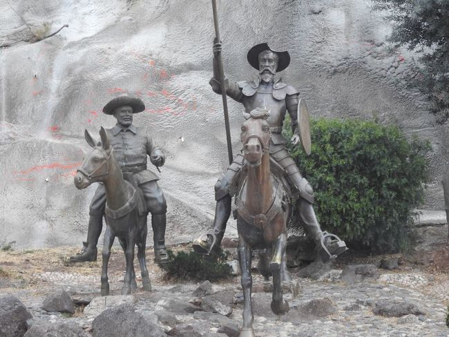 Famous Bookstore Famous Character Characters Don Quijote Y Sancho Panza Statue Sculpture Human Representation Outdoors Day