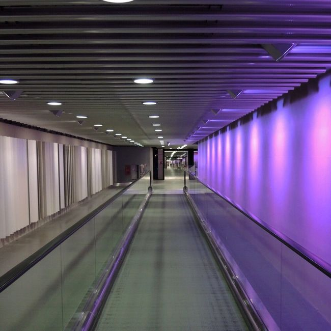 Heathrow Heathrow Airport Heathrow Terminal 5 Urban Geometry Urban Reflections Reflection Public Transportation Architecture Light And Shadow Geometric Shapes Perspective Vanishing Point